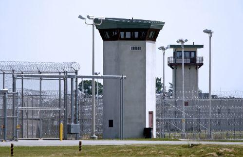 בתי כלא